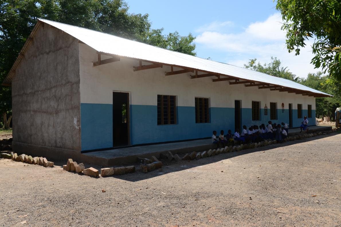 2.000 klaslokalen in Tanzania dankzij Kim's Chocolates